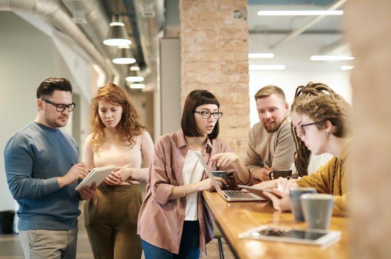 Principales beneficios de contar con una agencia de comunicación (interna)